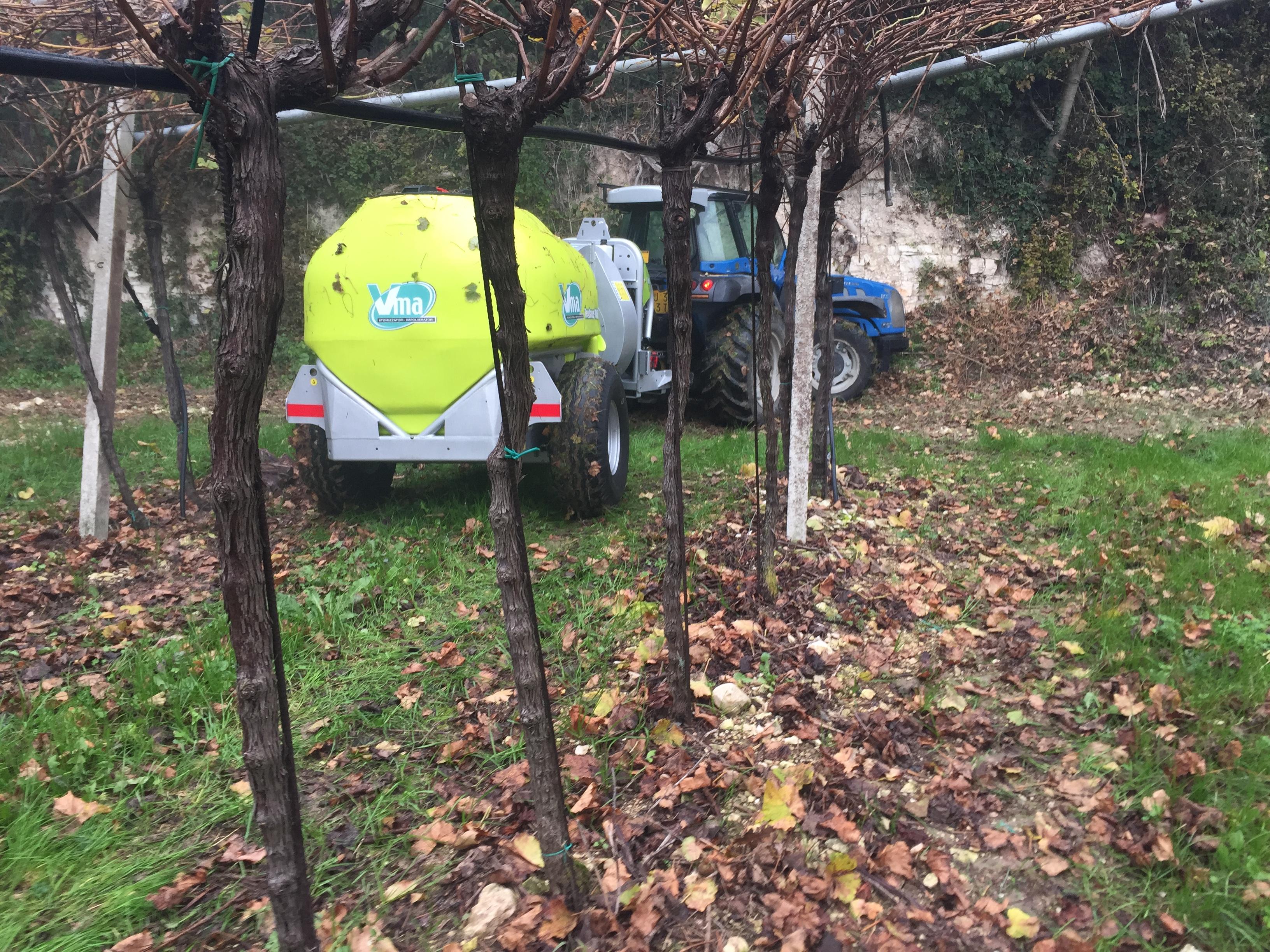 Sprayer-Canopied vineyards-Articulated-Power Tendonelt 1000 - Lt 1500 - Lt 2000